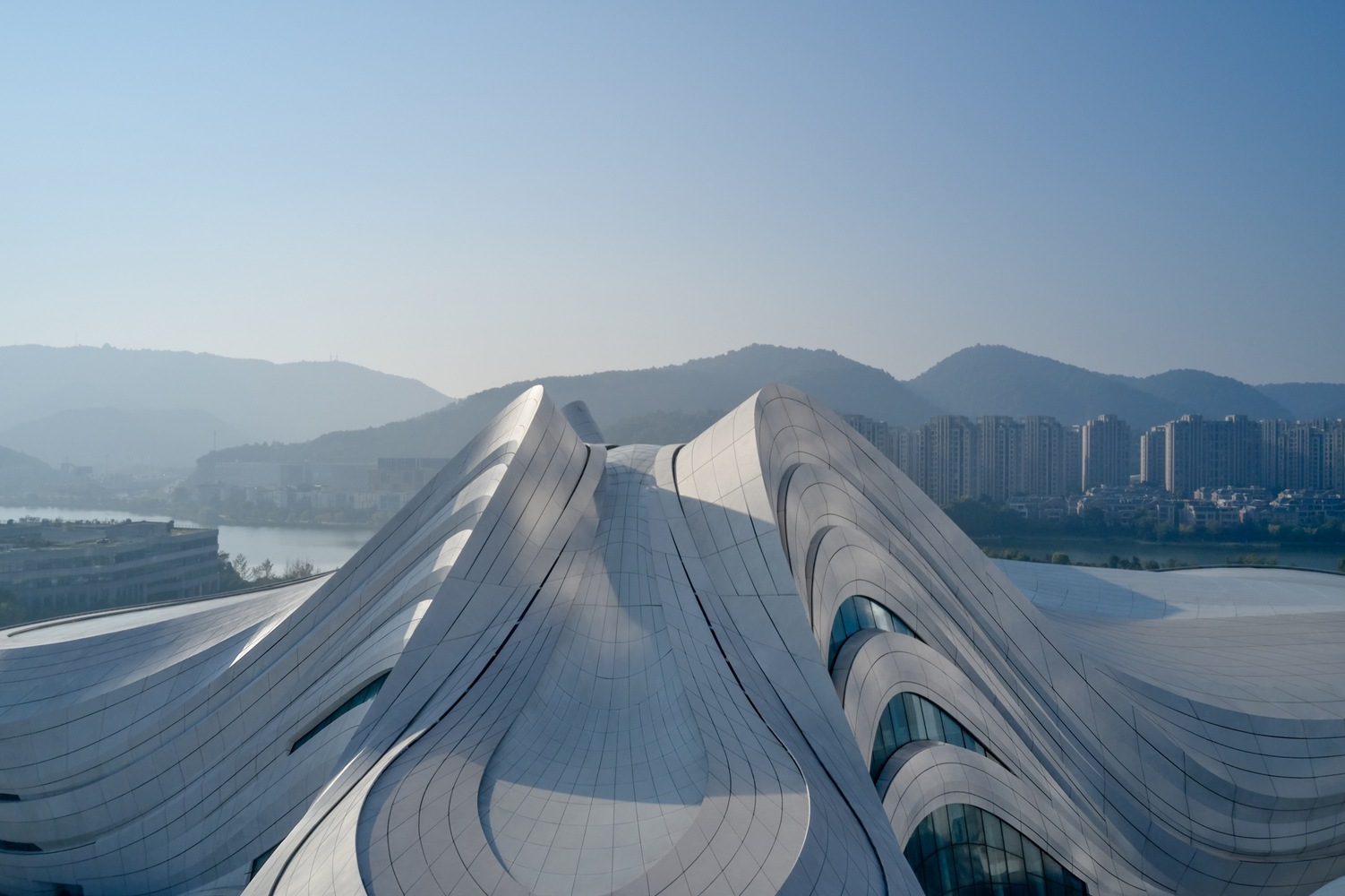 10_Changsha Meixihu International Culture and Art Centre_Zaha Hadid Architects_Inspirationist