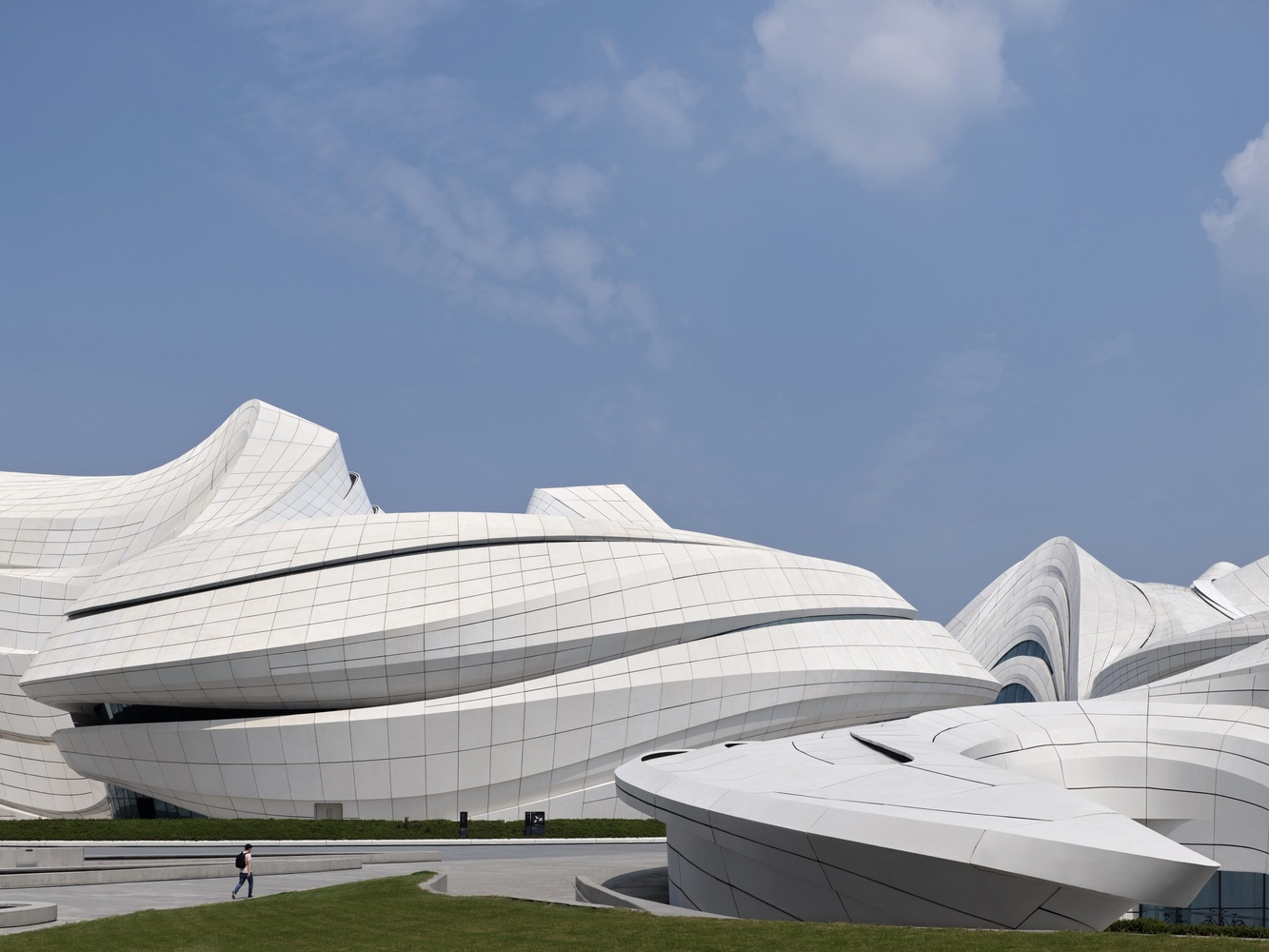 1_Changsha Meixihu International Culture and Art Centre_Zaha Hadid Architects_Inspirationist