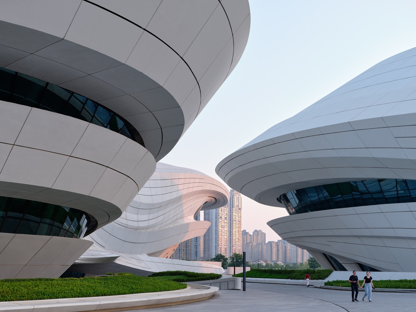2_Changsha Meixihu International Culture and Art Centre_Zaha Hadid Architects_Inspirationist