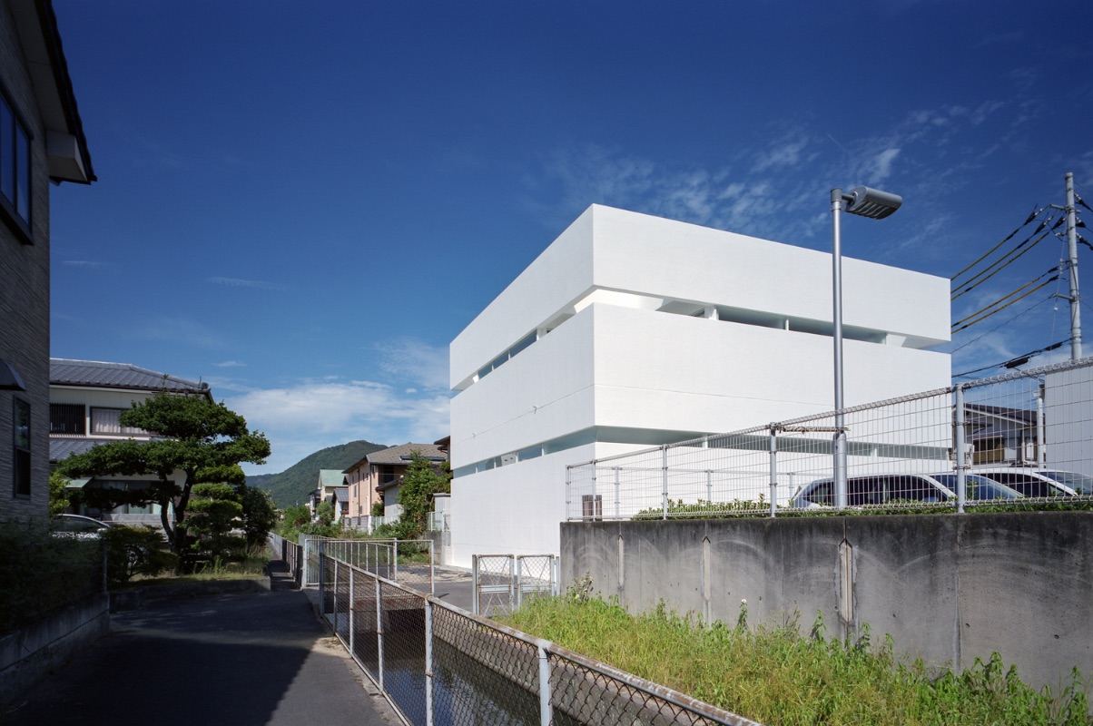 10_House in Takamatsu_Fujiwaramuro Architects_Inspirationist