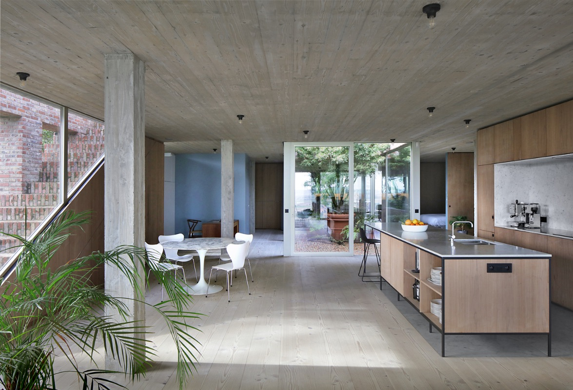 5_Sloped Villa_Studio Okami Architects_Inspirationist