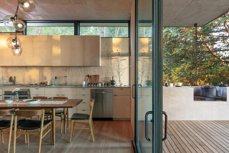 17_Wittman Estes Architects_Hood Cliff Retreat_Inspirationist