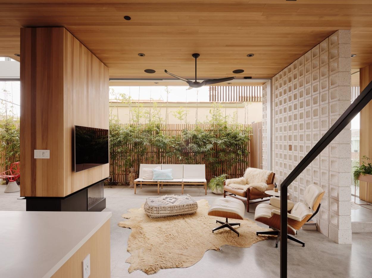 5_Walk-Street House_ras-a studio_Inspirationist