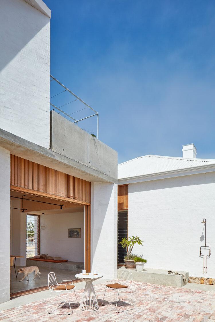 3_Marine_David Barr Architects_Inspirationist