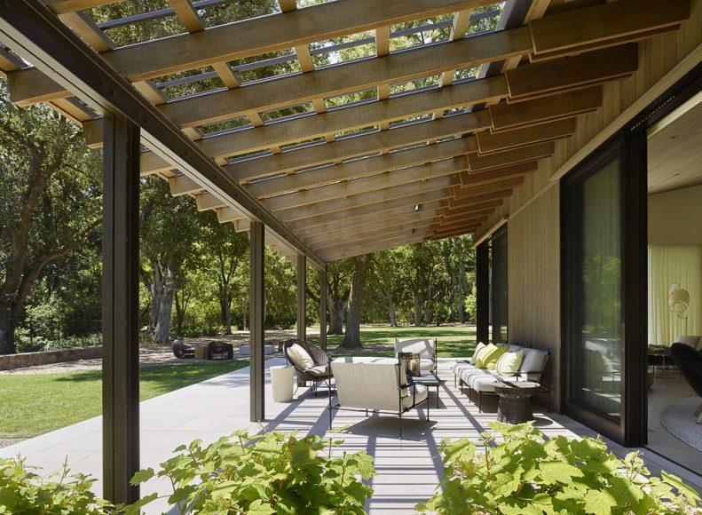 9_Oak Woodland Residence_Walker Warner Architects_Inspirationist