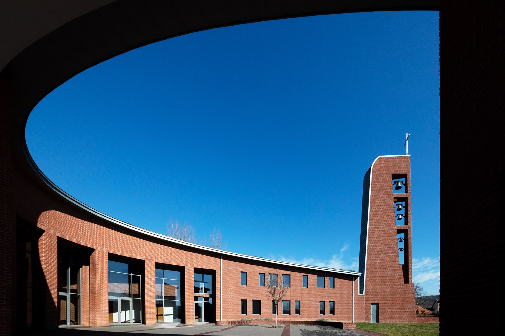 10_Saint John Paul II Church_Robert Gutowski Architects_Inspirationist