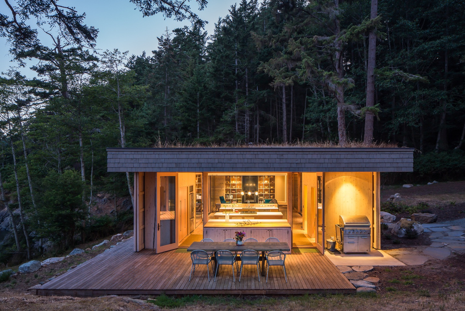 11_Lone Madrone_Heliotrope Architects_Inspirationist