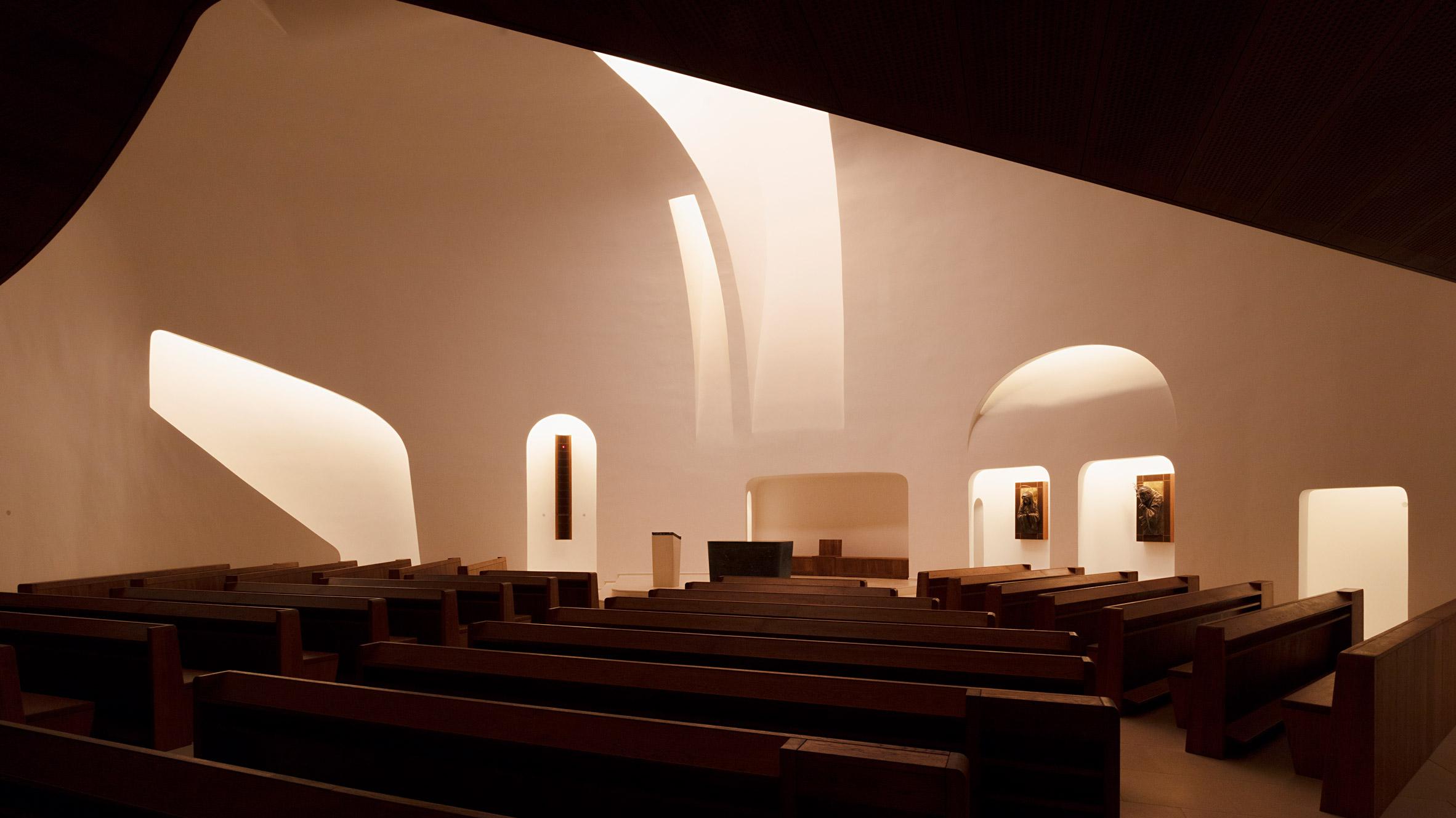 1_Saint John Paul II Church_Robert Gutowski Architects_Inspirationist