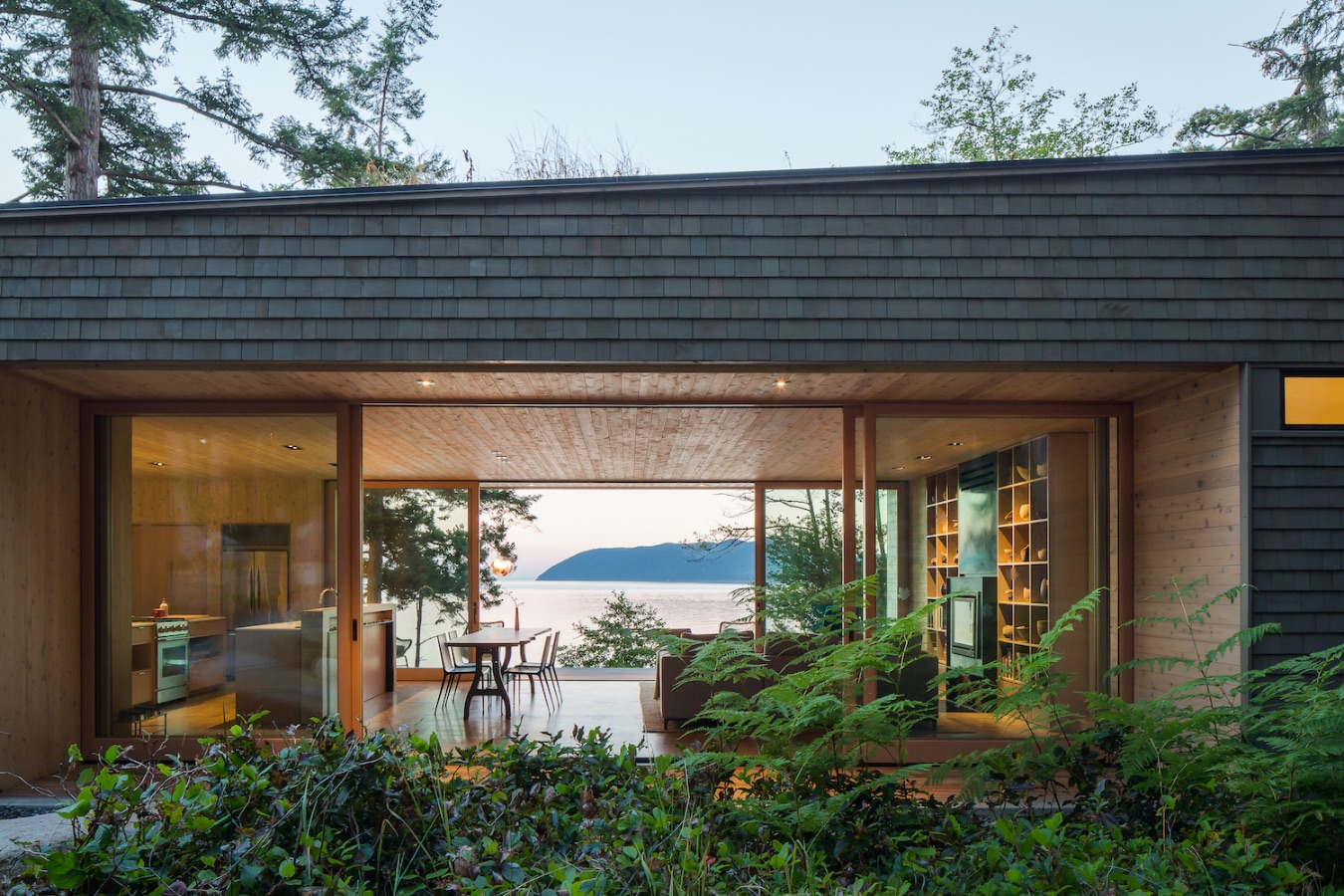 9_Lone Madrone_Heliotrope Architects_Inspirationist