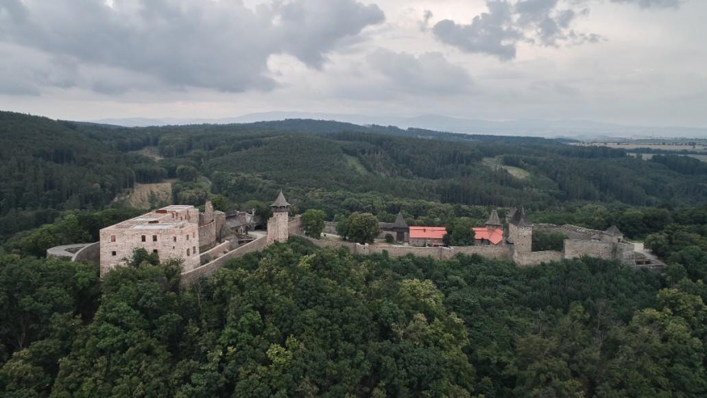 1_Helstyn Castle Palace Reconstruction_atelier-r_Inspirationist