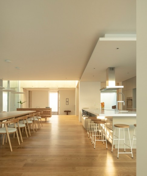 11_House-of-the-Nuns_Mario-Martins-Atelier_Inspirationist