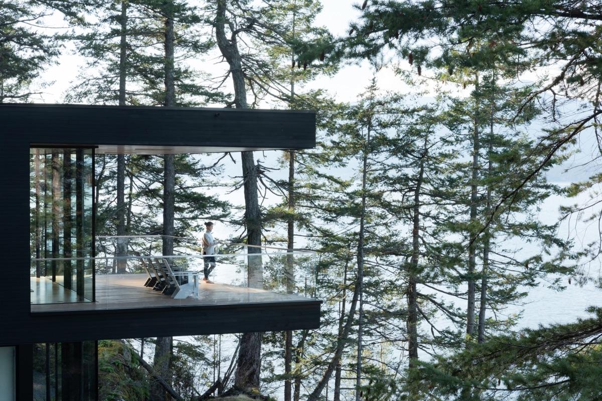 3_Bowen-Island-House_Office-Of-Mcfarlane-Biggar-ArchitectsDesigners-Inc._Inspirationist