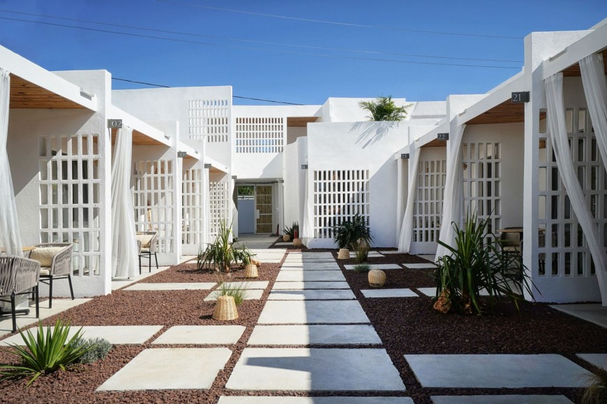 5_Meltem-Beach-Rooms-_TheCATWORK_Inspirationist