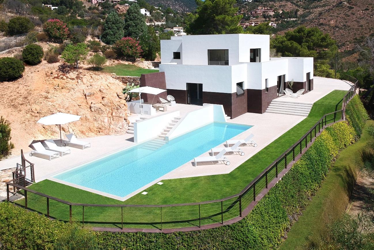1_House-along-Sardinias-Coastline_Pierluigi-Piu_Inspirationist
