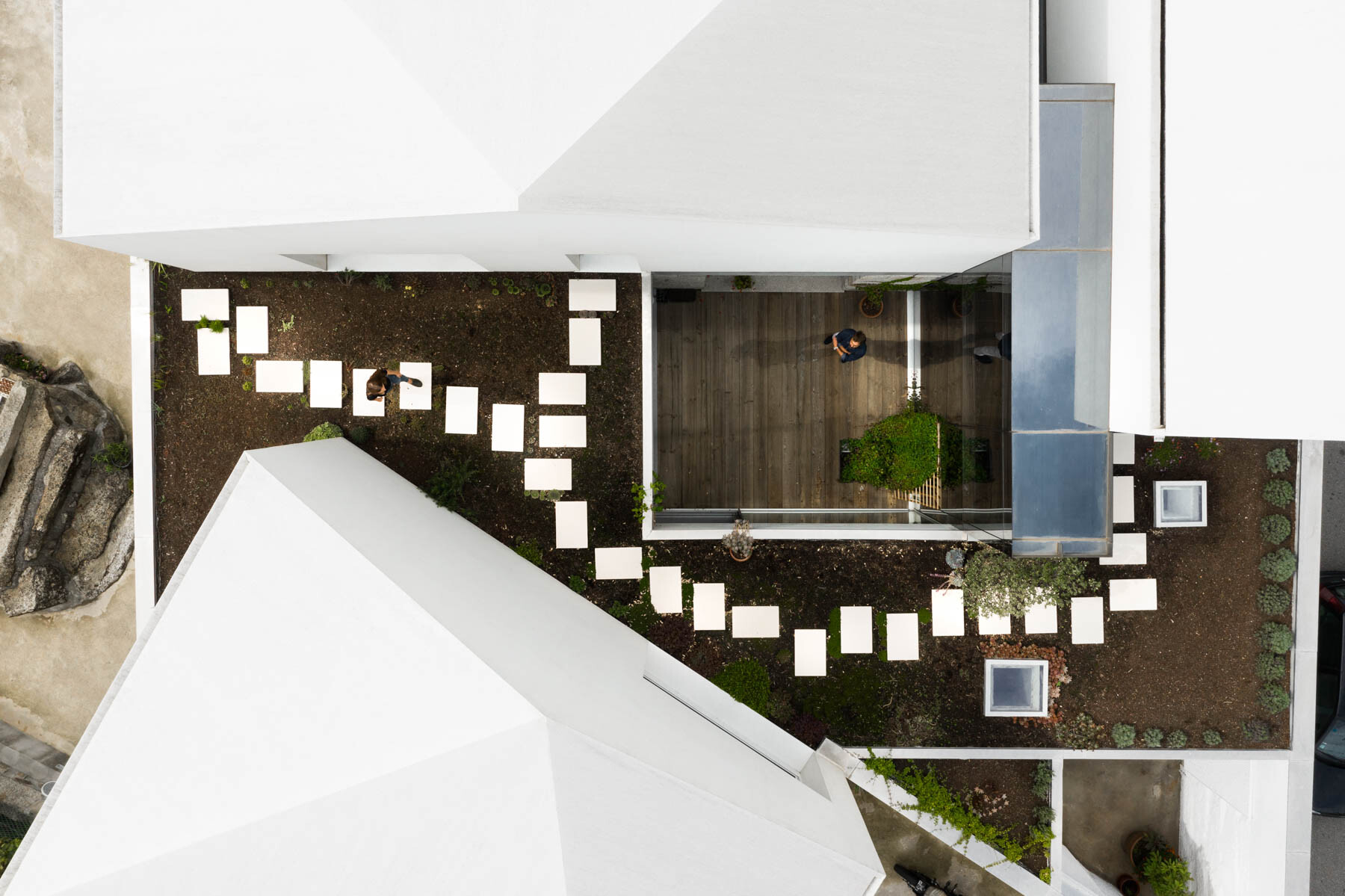 6_Casa-Rio_Paulo-Merlini-Architects_Inspirationist