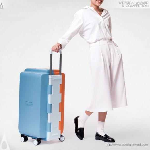 Rhita-Sustainability-Suitcase-by-Chunyu-Pan-Yun-Cheng-and-Jhenjia-Yang