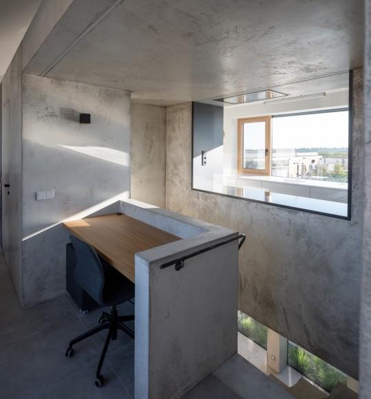 10_Family-House-with-Atrium_SENAA_Inspirationist