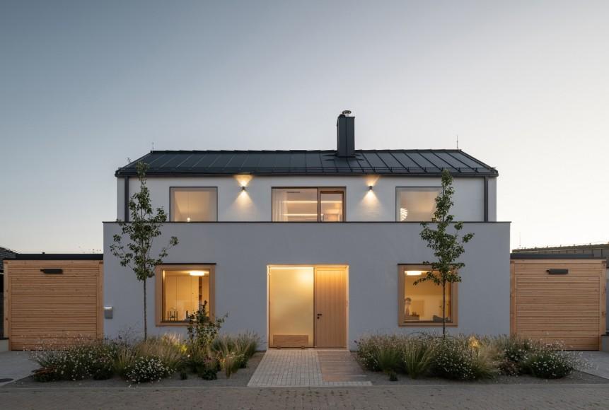 1_Family-House-with-Atrium_SENAA_Inspirationist
