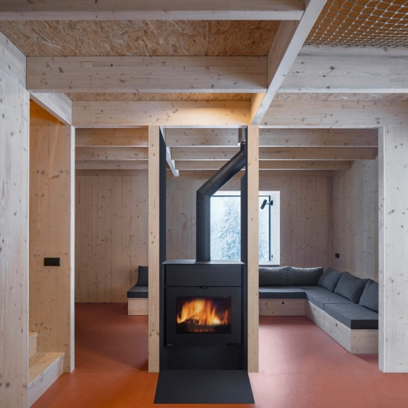 11_NEW-HOW-architects_Weekend-House-Nove-Hamry_Inspirationist