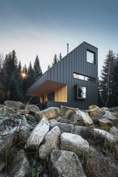 2_NEW-HOW-architects_Weekend-House-Nove-Hamry_Inspirationist