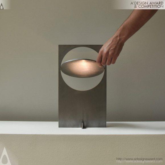 Obj01-Lamp-by-Manu-Bano