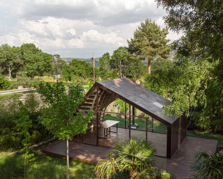 2_The-Writers-Cabin_MuDD-Architects_Inspirationist