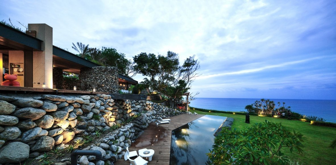 3_atolan-house_create-think-design-studio_inspirationist