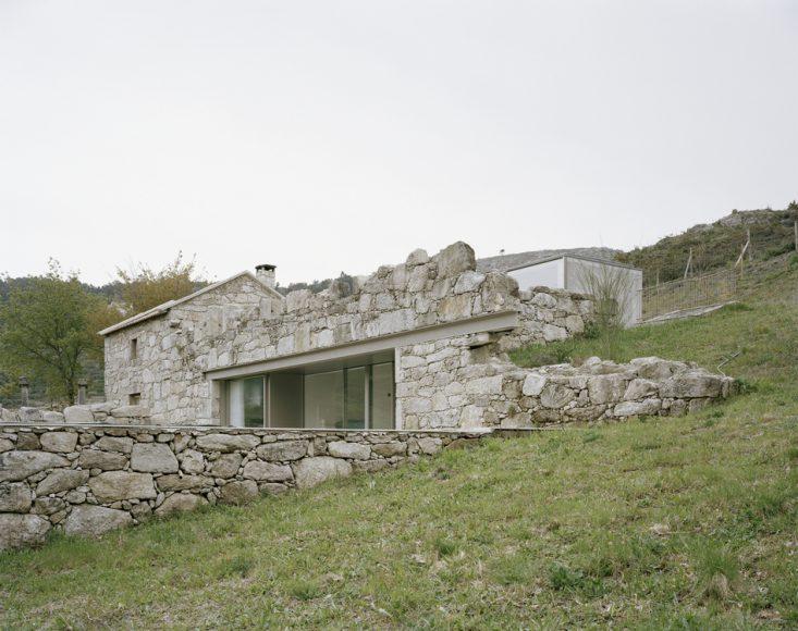 1_House in Melgaço_Nuno Brandão Costa_Inspirationist
