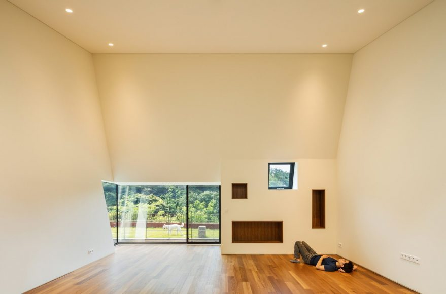 9_Deep House_poly.m.ur_Inspirationist
