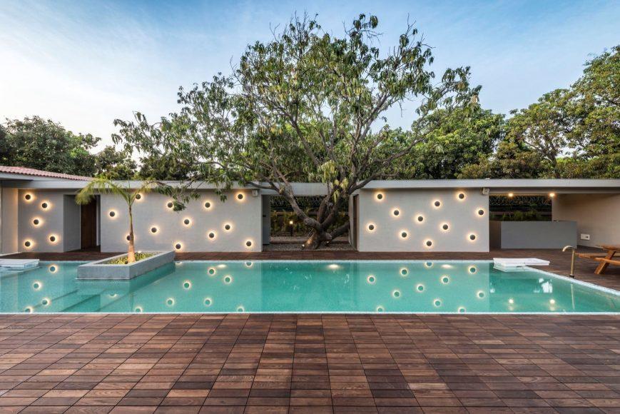 1_Tropical House Urveel_Design Work Group_Inspirationist