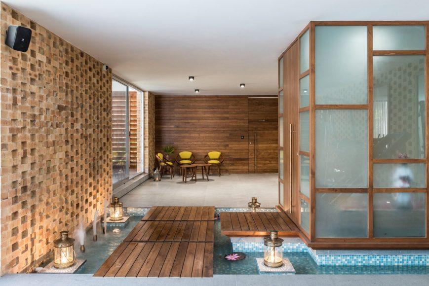 2_Tropical House Urveel_Design Work Group_Inspirationist