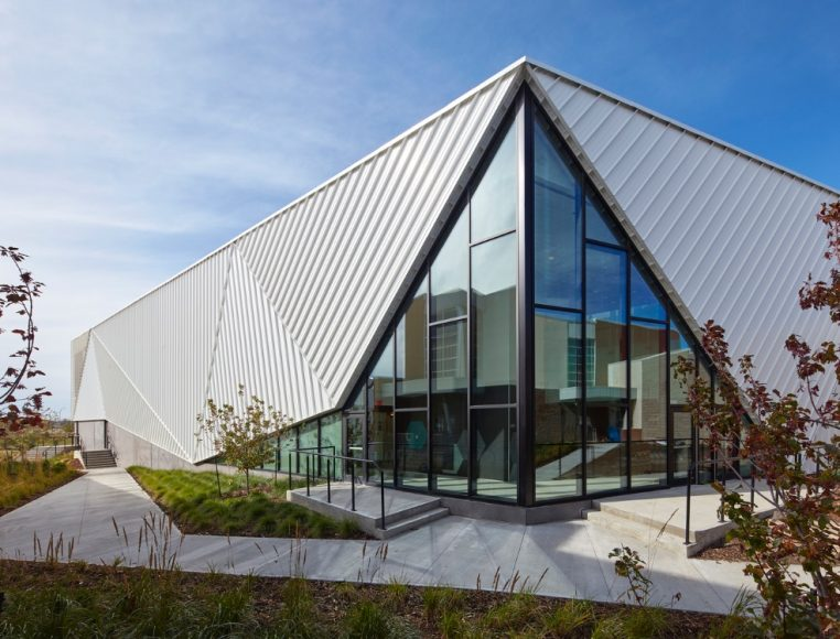 10_Emerald Hills Leisure Centre_MJMA+MTa_Inspirationist