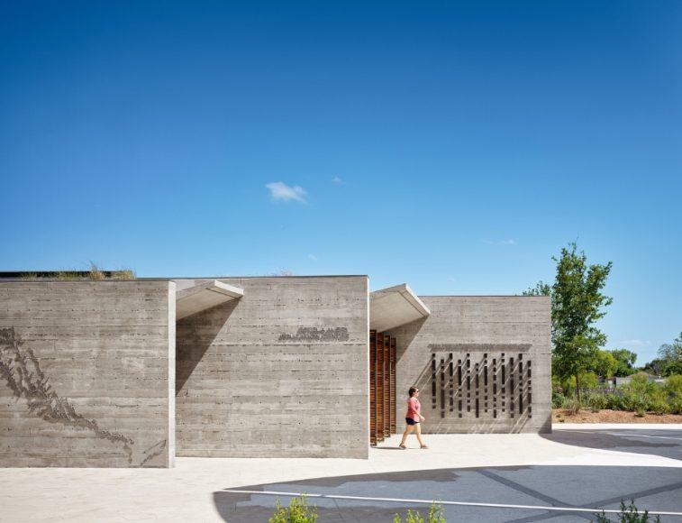 4_Confluence Park_Lake|Flato Architects+Matsys Design_Inspirationist