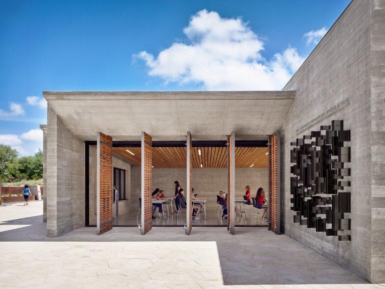 8_Confluence Park_Lake|Flato Architects+Matsys Design_Inspirationist