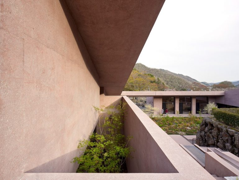 3_Inagawa Cemetery visitor centre & chapel_David Chipperfield Architects_Inspirationist