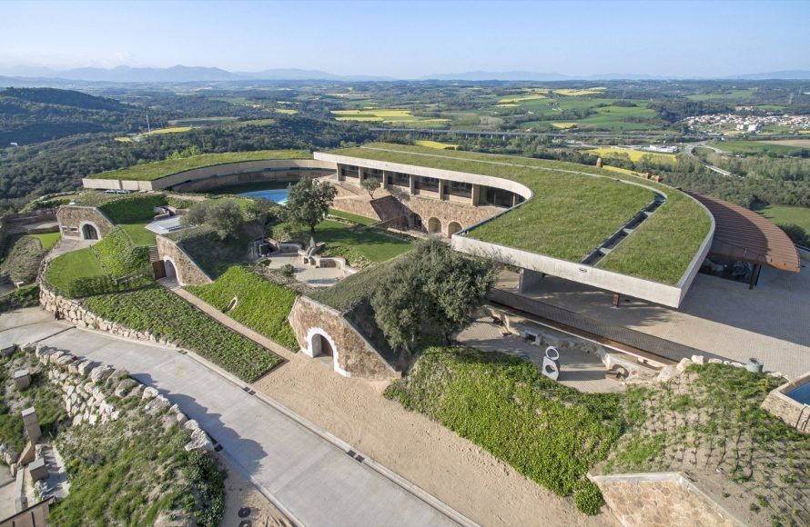 2_International Arts Center and Hotel at the Sant Julià de Ramis Fortress_uses- Viader Architects_Inspirationist