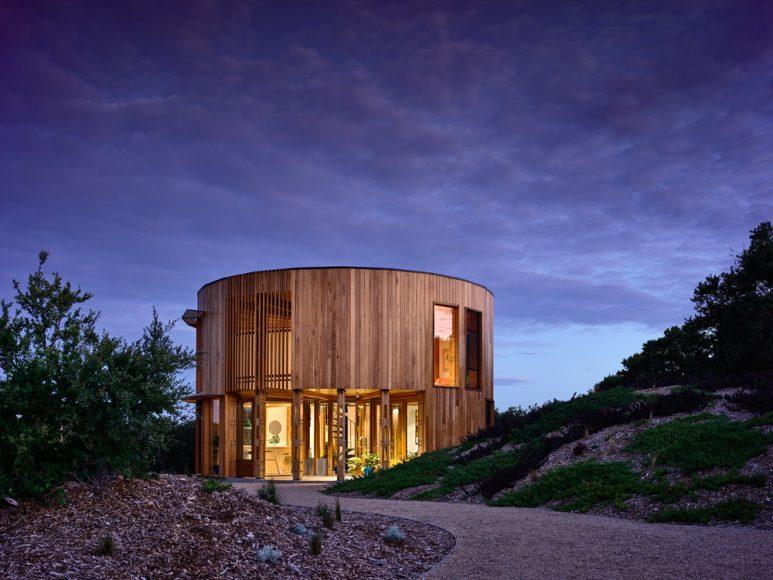 10_St Andrews Beach House_Austin Maynard Architects_Inspirationist