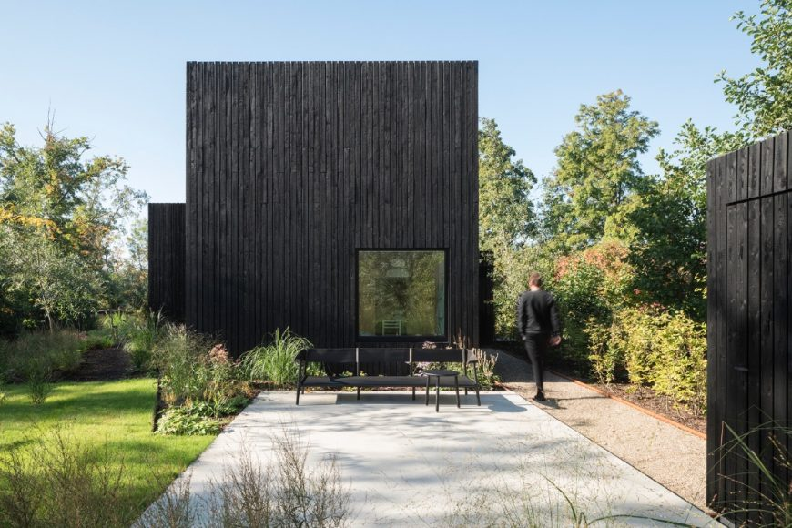 1_Tiny Holiday Home_i29 interior architects+Chris Collaris_Inspirationist