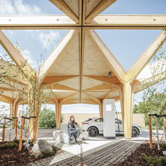 9_Ultra Fast Charging Station for Electric Vehicles_COBE_Inspirationist