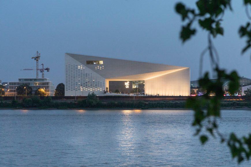 14_MÉCA Cultural Center_BIG_Inspirationist