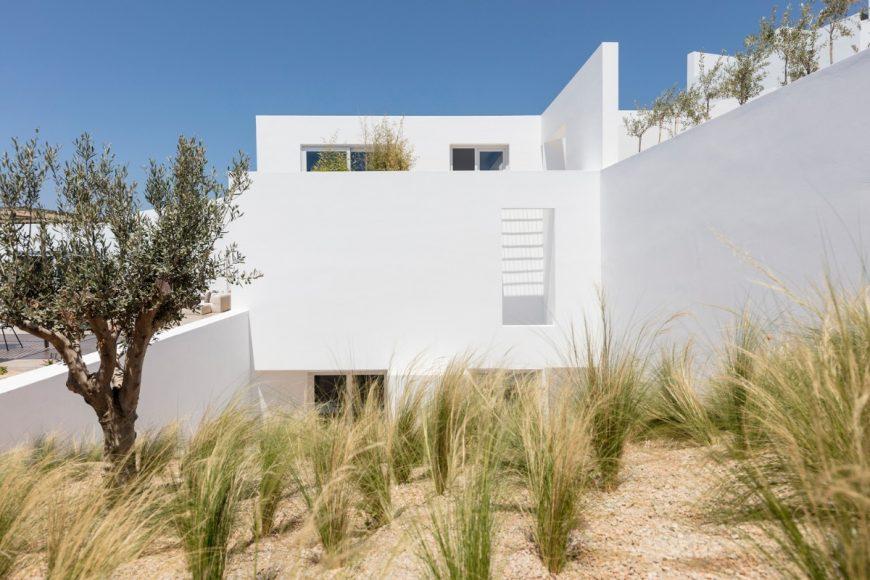 2_Summer Villa Arcadia Hotel_Kapsimalis Architects_Inspirationist