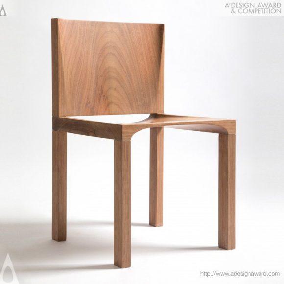 8_Brasilia Chair by Rodrigo Scheel
