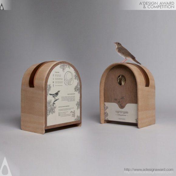 12_Nightingale Headphone Packaging by Merlin Didier