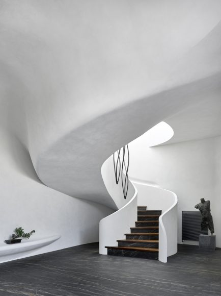 3_House in the Landscape_Niko Architect_Inspirationist
