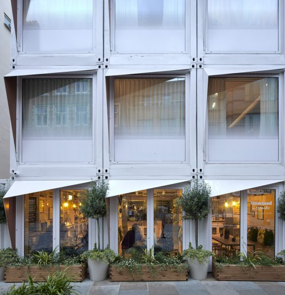 2_Stow-Away Waterloo Hotel_Doone Silver Kerr_Inspirationist