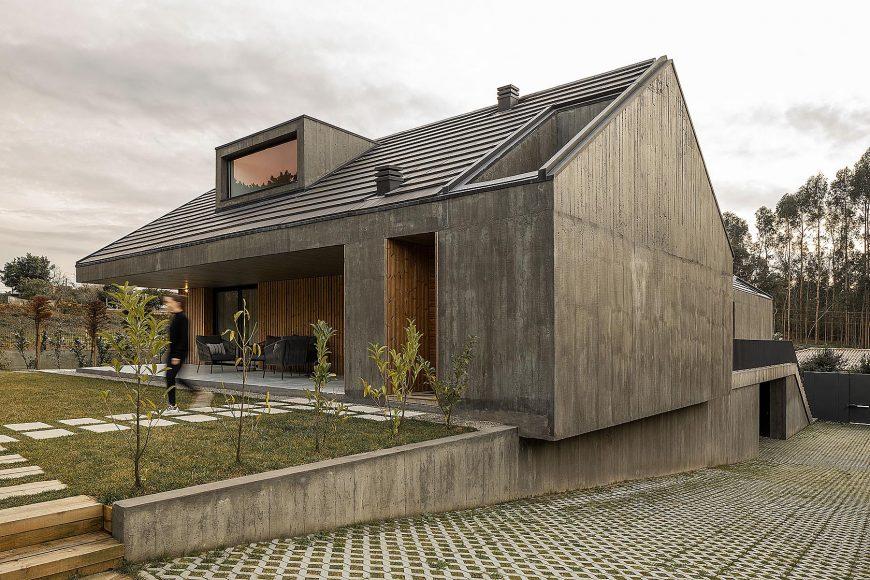 Casa Arrifana em Santa Maria da Feira do atelier Pedro Henrique
