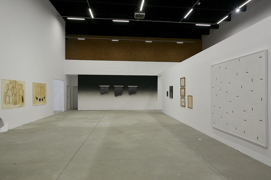 Foto-Galeria-Sector-1_Expozitia-Grup-show-_-Mother-tongue-