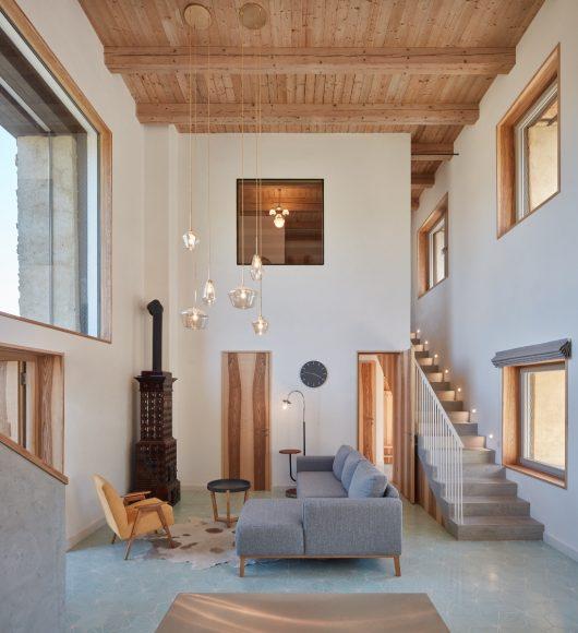 6_ORA_House Inside a Ruin_Inspirationist