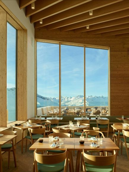 7_Restaurant Gütsch_Studio Seolern Architects_Inspirationist