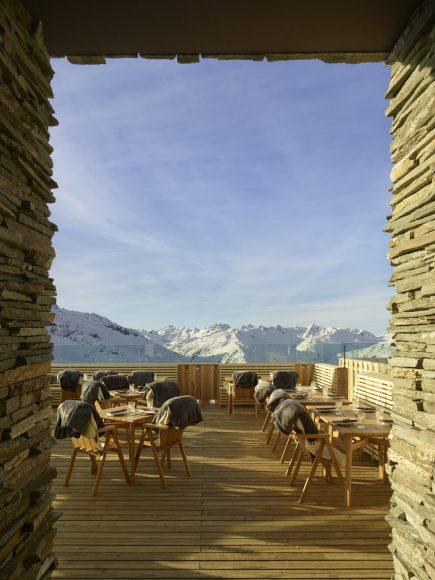 8_Restaurant Gütsch_Studio Seolern Architects_Inspirationist